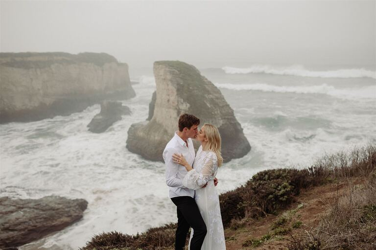 Santa Cruz elopement photographer photographs Abby Dahlkemper and Aaron Schoenfeld on bluffs